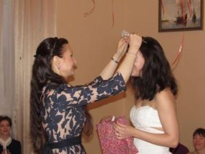 Поздравляем нашу первую именинницу Вику с 20-летием и вручаем ей диадему настоящей Принцессы! ))